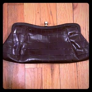 LIKE NEW Brown leather clutch